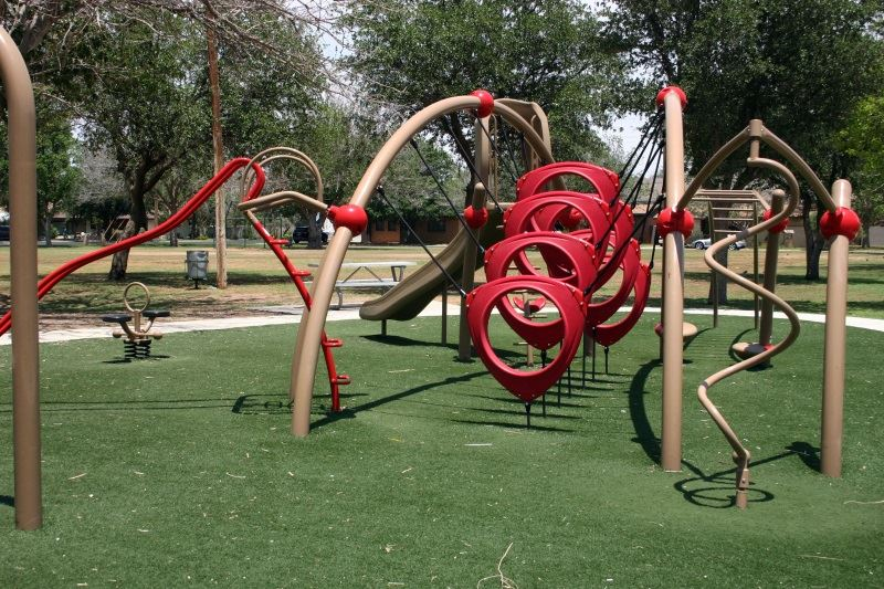 Playground Structure with Several Loops